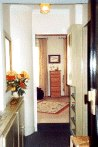 Vacation apartment rentals - Paris entrance hall